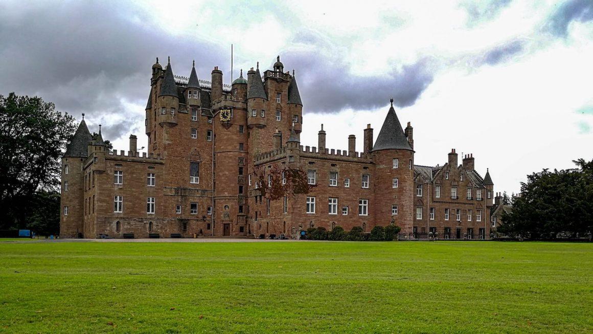 Glamis-Caste-Scozia-fantasmi-1160x653